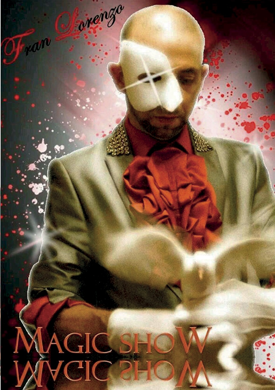 Les presentamos el mago Lorenzo , un artista con mucha experiencia, que utiliza en su mágico espectáculo elementos cómicos ,animales y sus mejores trucos para despertar el interés en el púbico acompañado con su enérgica ayudante.